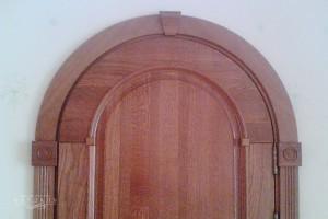Двери на заказ из массива дуба.
