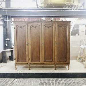 Старый шкаф после реставрации