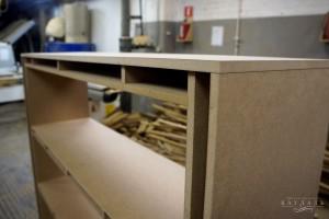 Шкаф на заказ с открытыми фасад