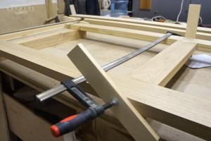 Делаем двери из массива дуба в мастерской