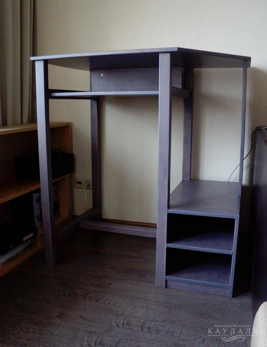 Стол для компьютера на заказ