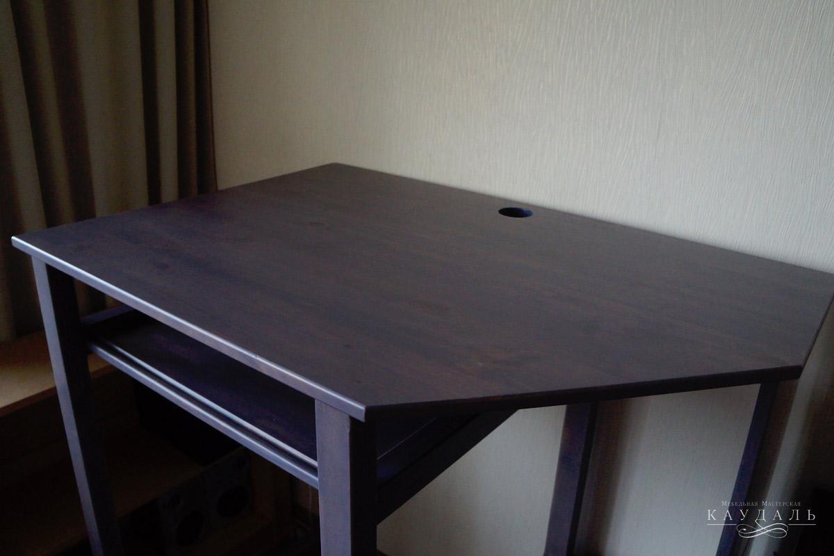 Компьютерный стол под заказ из массива.