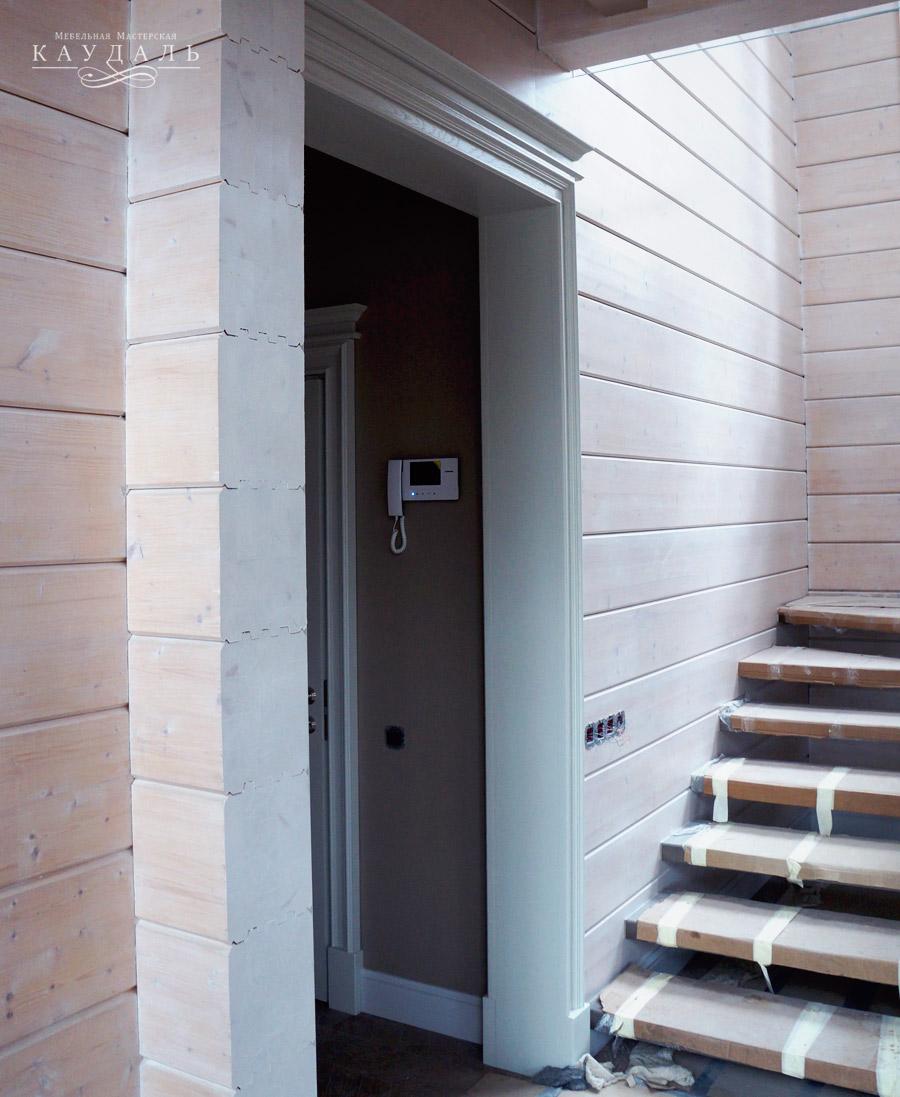 Стильные двери в квартиру на заказ