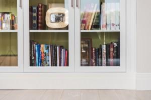 Шкаф для книг и посуды на заказ