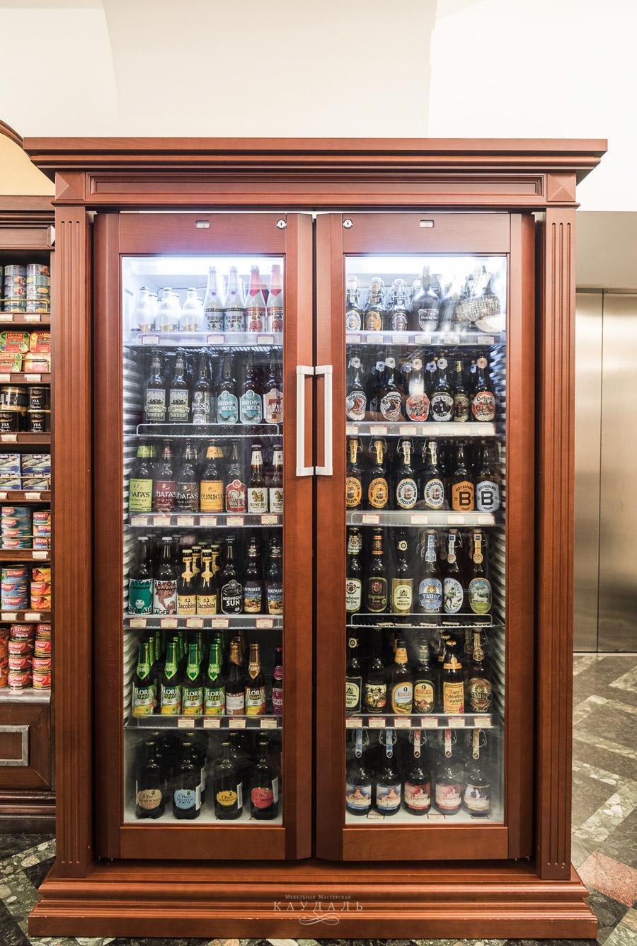 Шкаф витрина на заказ в Москве