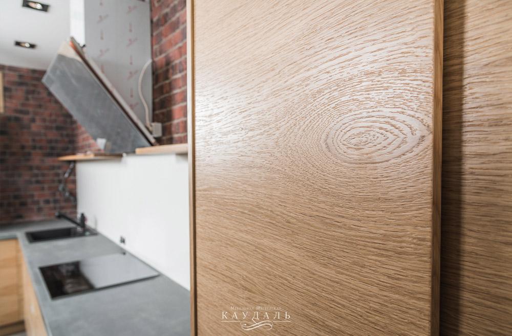Шпон дуба на фасадах их МДФ для мебели