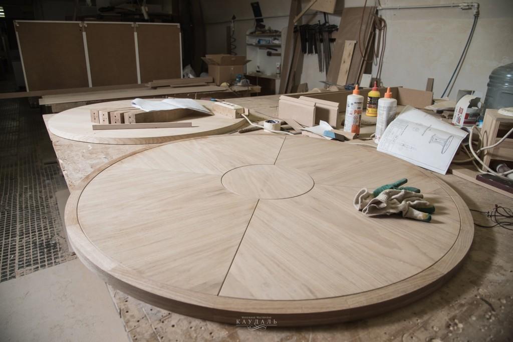Столешница на заказ круглого стола на кухню