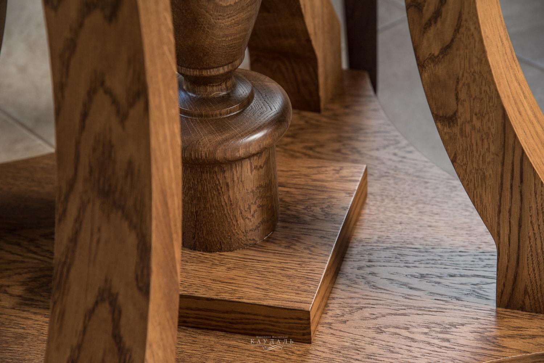 Основание стола из массива дуба