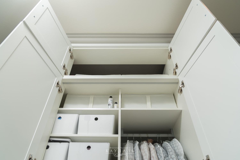 Шкаф в верхним отделением - наполнение